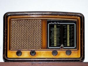 old-radio-1064555_960_720
